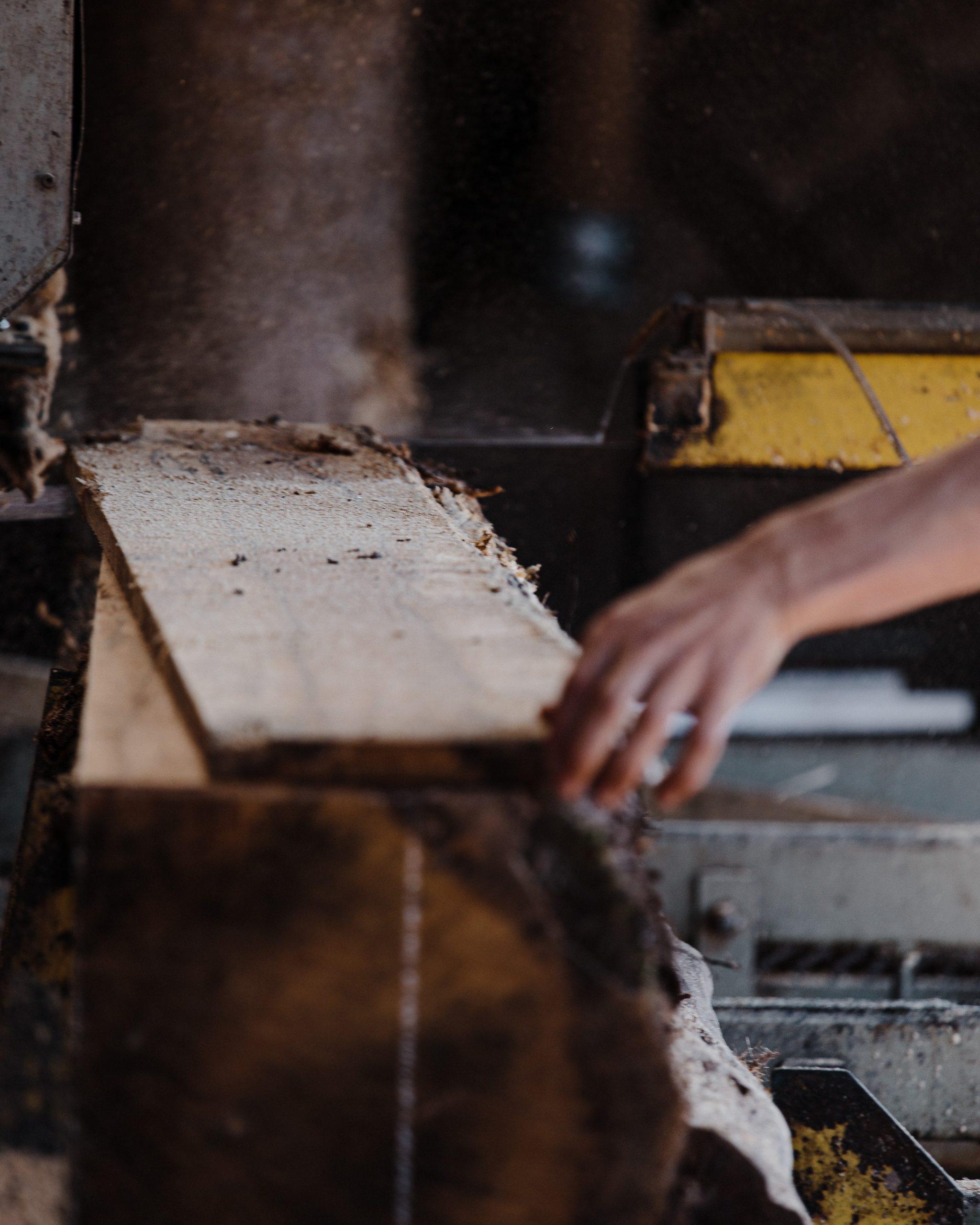 Image of wood (Sawed)